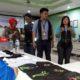 SULAM : Pelatihan menyulam istri AMT Terminal BBM Malang. (gie)