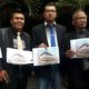 Drs Husni Tamrin SH MH, Dr Solehoddin SH MH, Dodik Biantoro SH dan Jibril Huda Muttaqien, Para kuasa hukum 36 korban PT GML. (gie)