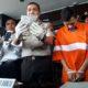 GENJES : Kapolresta Malang Kota Kombes Pol Dr Leonardus saat merilis tersangka Robin pada Senin (6/1/2020) siang. (gie)