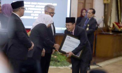 Walikota Malang Terima Penghargaan Pencapaian Maturitas SPIP Level 3 dari BPKP Jawa Timur