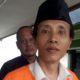 Terdakwa Sugeng saat akan dibawa ke tahanan transit PN Malang. (gie)