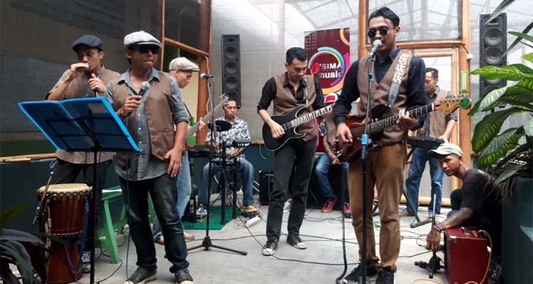 Band Makaryoman yang terdiri dari warga binaan Lapas Klas 1 Malang, (gie)