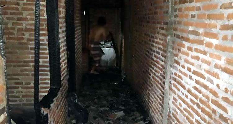 Kondisi rumah korban usai kebakaran. (ist)