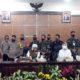 Gubernur Jatim Drs Hj Khofifah Indar Parawansa M Si bersama 3 kepala daerah Malang Raya. (gie)