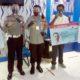 Kapolresta Malang Kota Kombes Pol Dr Leonardus secara simbolis menyerahkan SIM geratis kepada pemohon yang lahir pada 1 Juli. (gie)