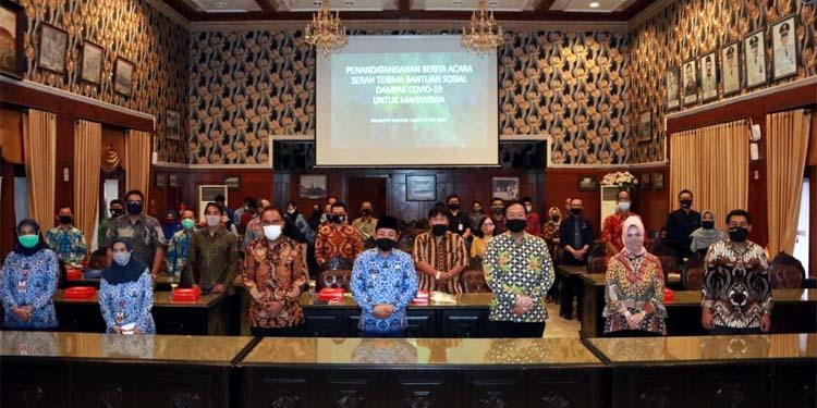 Walikota Malang bersama perwakilan dari perguruan tinggi setelah melakukan audiensi