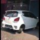 Mobil yang ke empat ban nya dicuri maling. (Repro)