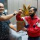 Ketua PWI Malang Raya, serahkan bantuan ke jurnalis