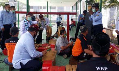 Dirjen Pemasyarakatan Irjen Pol Reynhard Silitonga saat kunjungi Lapas Klas 1 Malang. (Gie)