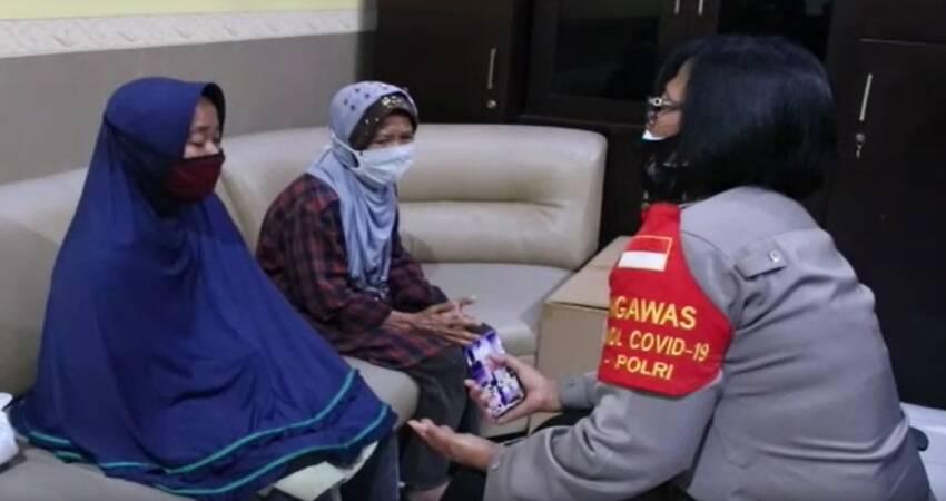Ditangkap Polisi, Si Anak Penganiaya Ibu Meminta Maaf