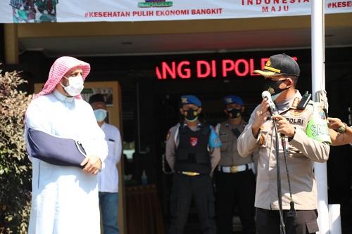 Syekh Ali Jaber bersama Kapolresta Malang Kota Kombes Pol Leonardus. (ist)