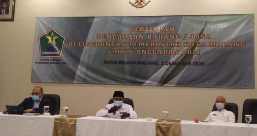 Wawali Kota Malang saat menjadi pembicara di kegiatan percepatan pengadaan barang dan jasa Kota Malang tahun 2021.